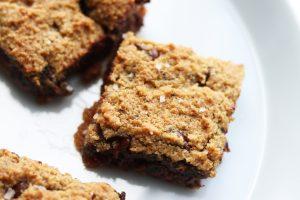 gluten free chocolate chip cookie bar blondies