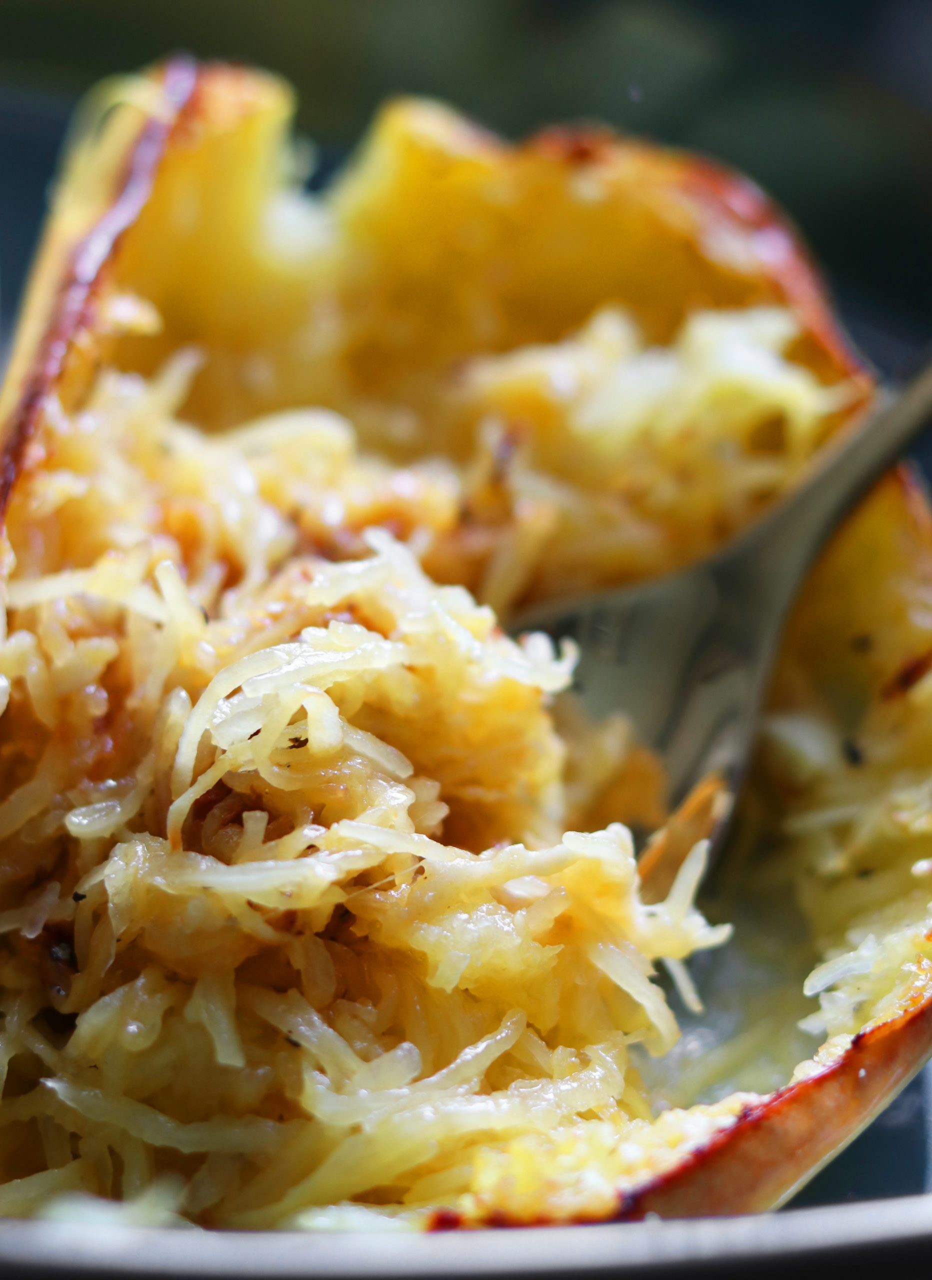 Air Fryer Garlic Parmesan Spaghetti Squash